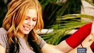 Avril Lavigne - Lip Locked 2005