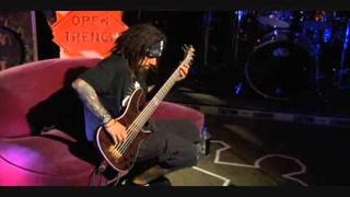 Behind The Player: Fieldy - Freak On A Leash Lesson (Part 1)