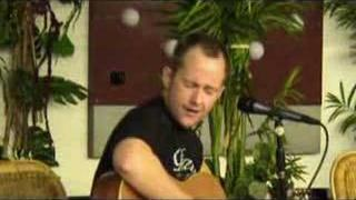 Billy Boyd performing Friends and Lovers