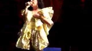 Björk  - Unravel LIVE @ Madison Square Garden, 9/24/07