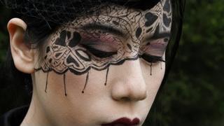 Black Lace Makeup Tutorial