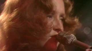 Bonnie Raitt - Under The Falling Sky