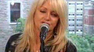 Bonnie Tyler mini concert part 2