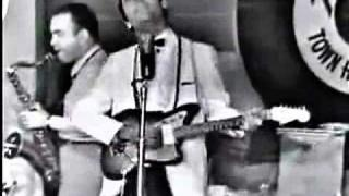 Carl Perkins - Boppin' the Blues (live 1958)