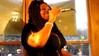 Caron Wheeler- Keep On Movin' @ Fat Beats, NYC (The Final Day)