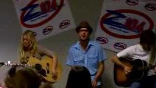 "Cheyenne Kimball & Josh Hoge ""Wonderful"" (Acoustic)"