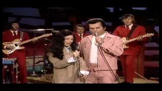 "Conway Twitty & Loretta Lynn - Louisiana Woman , Mississippi Man ""LIVE"""
