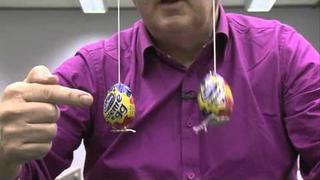 Coupled Pendulums - Sixty Symbols