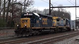 CSX Hands off Silverliner Vs, BN Green on Q439-27, UP on 17G, and more! Woodbourne on 12/27/11