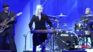 "Cyndi Lauper sings ""Time After Time"" at the 2011 HRC Dinner"