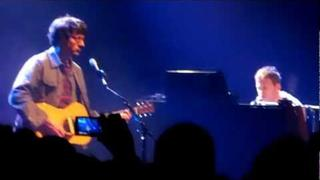 Damon Albarn and Graham Coxon Blur - He Thought Of Cars - War Child Brits 19/02/2012