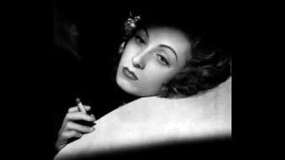 Danielle Darrieux sings tango, Paris 1942