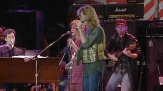 Daryl Hall, Billy Joel & Bonnie Raitt - Everytime You Go Away (Live at Farm Aid 1985)