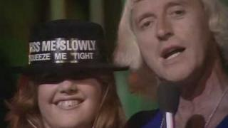 David Essex - Gonna Make You A Star (HQ)  TOTP 4-10-1974 