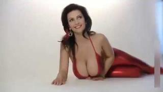 Denise Milani 11 MINUTES OF PERFECTION