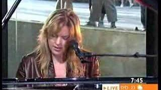 Diana Krall in Sunrise