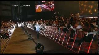 [DK] Dune Ft Jesper - Dry Lips & Let Go Of Your Love (Live at Danish X-Factor 2010 Finale) [HQ]