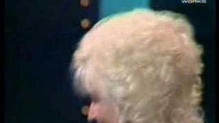 Dolly Parton & Kenny Rogers - Islands in the stream