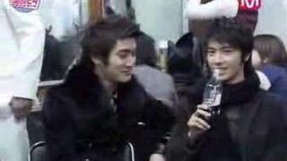 """Donghae """"I Want to drink Siwon's Coke"""""""