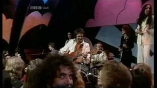 DUANE EDDY - Play Me Like You Play Your Guitar (1975) UK TV Top Of The Pops Performance) ~ HIGH QUALITY HQ ~