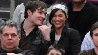 Ed Westwick and Jessica Szohr Kissing