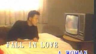 Elisa Chan and Leslie Cheung - Fall in Love - 陳潔靈張國榮誰令你心痴