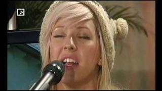 Ellie Goulding - Starry Eyed - live at MTV Home