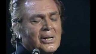 Engelbert Humperdinck - Love is a many splendored thing