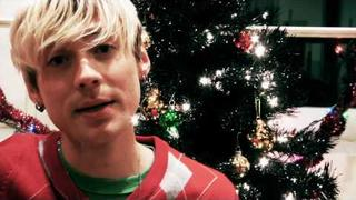 "Evan Taubenfeld ""Merry Swiftmas"" video"