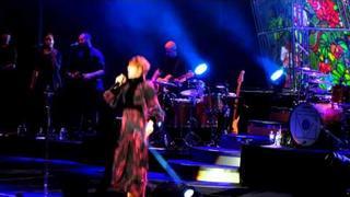 Florence + The Machine - Rabbit Heart (Piano solo Isa) - Lotto Arena