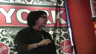 FORMER KISS DRUMMER PETER CRISS WORKING ON NEW BOOK