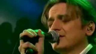ft. Peter Heppner - Wir Sind Wir (Live)