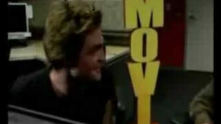 Funny Interview Moments with Robert Pattinson (1)