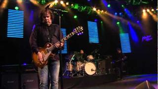 "Gary Moore ""Blood Of Emeralds"" Live at Montreux 2010"