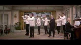 Grand restaurant pana Septima - tanec číšníků