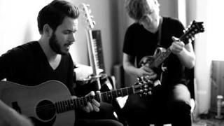 Greg Holden & Johannes Strate - Ich mach meinen Frieden mit mir (NYC Sessions).mov