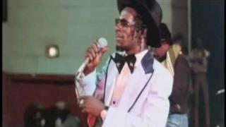 Gregory Isaacs - Short scene + live from the Rockers movie