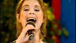 Helen Sjöholm & Benny Andersson - Vilar glad. I din famn (2011) m. text