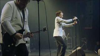iConcerts - The Hives - Walk Idiot Walk (live)