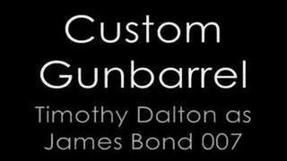 jako James Bond v Custom Gunbarrels