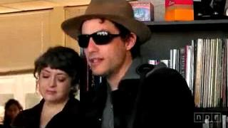 Jakob Dylan - Nothing But the Whole Wide World (NPR Tiny Desk Concert)