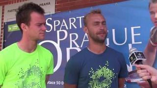 Jan Šátral a Roman Jebavý po postupu do 2. kola čtyřhry na Sparta Prague Open
