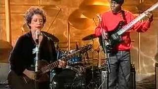 Janis Ian and Richard Bona performing At Seventeen