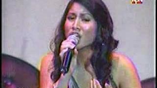 Jasmine Trias' Once Again duet with South Border