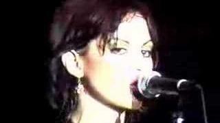 Joan Jett - Crimson And Clover (Live)