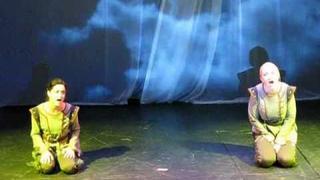 """Johanka z Arku - """"Most přes minulost"""" - speciální verze (Bára Basiková a Lucia Šoralová)"""