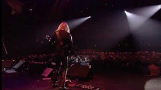 Judas Priest live 2001 (2/11) - Blood Stained