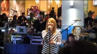 Kelly Clarkson - Miss Independent - Houston Galleria - Microsoft Store Opening