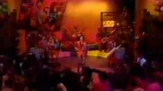 Kids Incorporated - Love Is Like A Heatwave