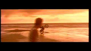 Kirsty MacColl: He's On The Beach (Official Video) 1 of 5